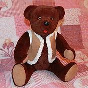 Куклы и игрушки ручной работы. Ярмарка Мастеров - ручная работа Бурый Медведь в жилете. Handmade.
