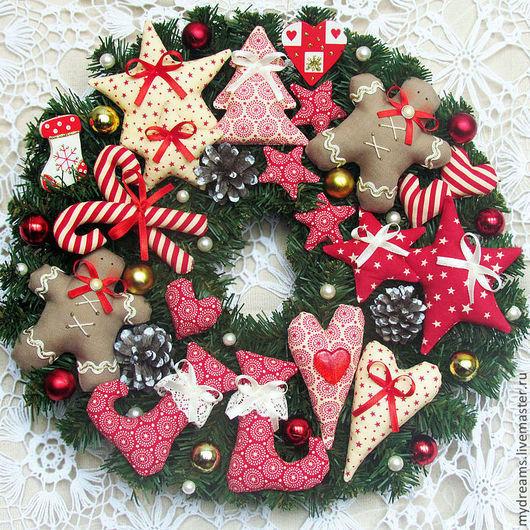 Новый год 2017 ручной работы. Ярмарка Мастеров - ручная работа. Купить Новогодний венок, Рождественский венок. Handmade. Ярко-красный