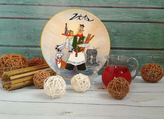 Декоративная посуда ручной работы. Ярмарка Мастеров - ручная работа. Купить Тарелка настенная Официант с Вином ручная роспись. Handmade.
