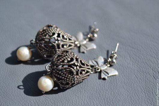 `Серебряный век S1` Цена 1500 руб. Длина 6 см. Винтажные декоративные элементы (бусина и бантик) - оксид серебра, натуральный жемчуг.