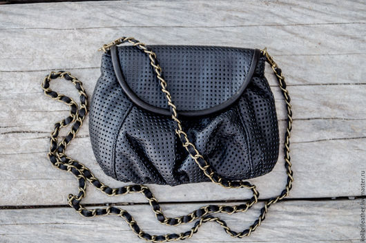 Женские сумки ручной работы. Ярмарка Мастеров - ручная работа. Купить Сумочка из натуральной перфорированной кожи Lulu. Handmade. Черный