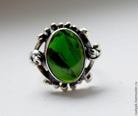 """Кольца ручной работы. Ярмарка Мастеров - ручная работа. Купить Кольцо с хромдиопсидом """"Инаглинское сокровище"""",  серебро. Handmade. Зеленый"""