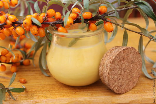 """Крем, гель, сыворотка ручной работы. Ярмарка Мастеров - ручная работа. Купить """"Полезная Облепиха"""" крем для рук. Handmade. Оранжевый"""