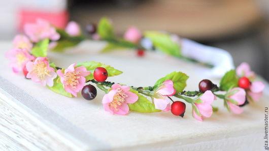 """Диадемы, обручи ручной работы. Ярмарка Мастеров - ручная работа. Купить Ободок с цветами """"Цветы вишнего дерева"""", венок, венок на глову. Handmade."""