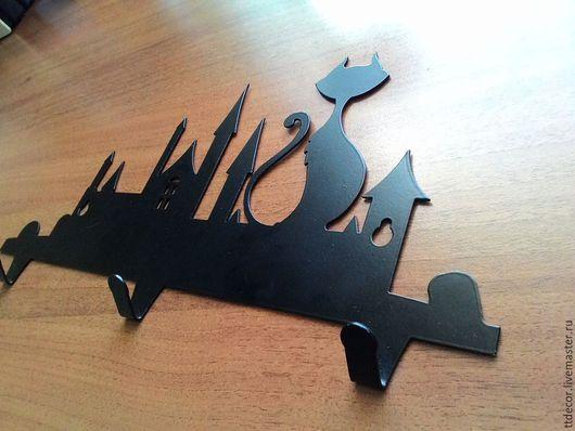 """Прихожая ручной работы. Ярмарка Мастеров - ручная работа. Купить Ключница """"Кот и Город"""". Handmade. Подарок, ключница, декор для интерьера"""