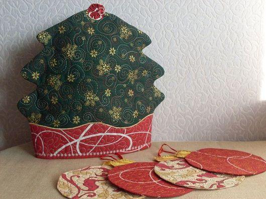 """Кухня ручной работы. Ярмарка Мастеров - ручная работа. Купить Чайный набор """"Новогодний"""". Handmade. Грелка на чайник, подстаканники"""