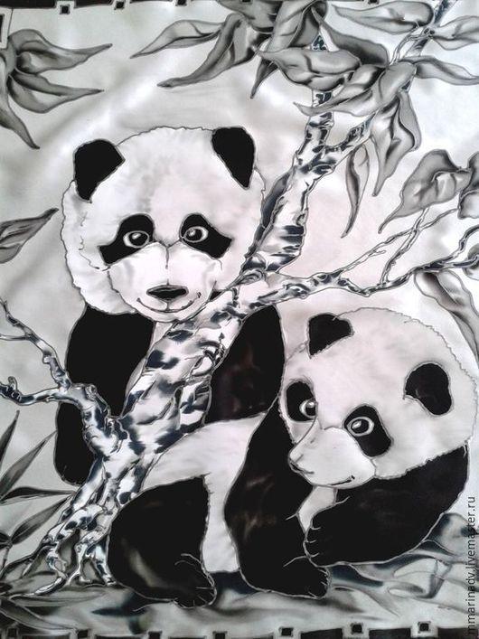 Батик платок `Парочка`, шелк атлас. Авторский батик Марины Маховской. Платки и шарфы ручной работы.