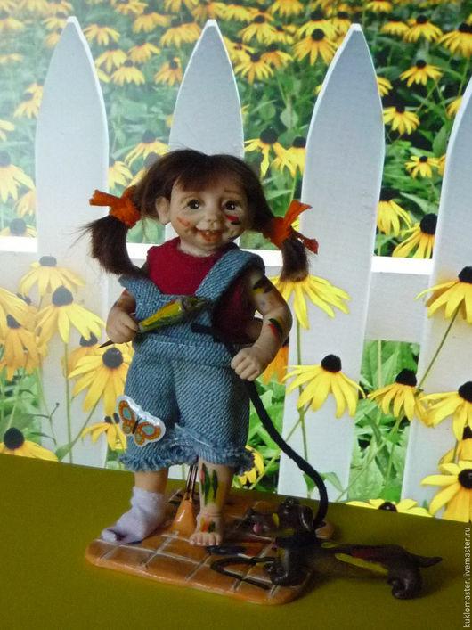 Коллекционные куклы ручной работы. Ярмарка Мастеров - ручная работа. Купить Маленькая художница. Handmade. Коричневый, куколка, полимерная глина