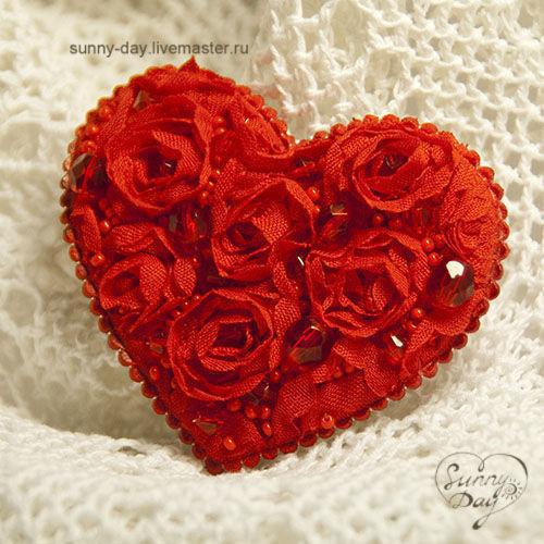 """Броши ручной работы. Ярмарка Мастеров - ручная работа. Купить Брошь """"Пламенное сердце"""". Handmade. Вышивка бисером, красное сердце"""