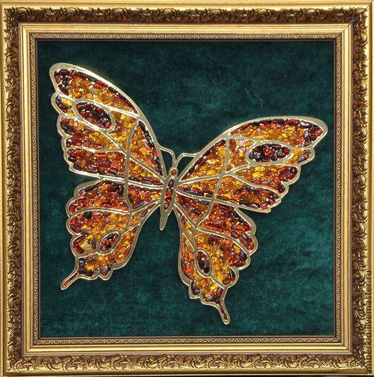 Картина из янтаря `Бабочка`. Панно из янтаря `Бабочка`. Подарок женщине, подарок девушке, подарок на 8 марта. Янтарный сувенир. Символ любви и радости по фен-шуй.