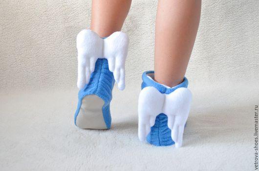 """Обувь ручной работы. Ярмарка Мастеров - ручная работа. Купить Домашние угги """"Ангелы небесные"""". Handmade. Голубой, домашние сапожки"""