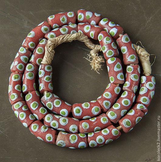 Для украшений ручной работы. Ярмарка Мастеров - ручная работа. Купить Стеклянные бусины-трубочки  лососевого цвета с бело-зеленым горошком. Handmade.