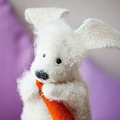 Куклы и игрушки ручной работы. Ярмарка Мастеров - ручная работа Перчаточная кукла- Заяц с морковкой. Handmade.