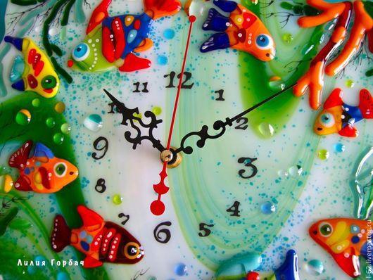 Часы для дома ручной работы. Ярмарка Мастеров - ручная работа. Купить фьюзинг, часы из стекла  Красное море моё. Handmade.