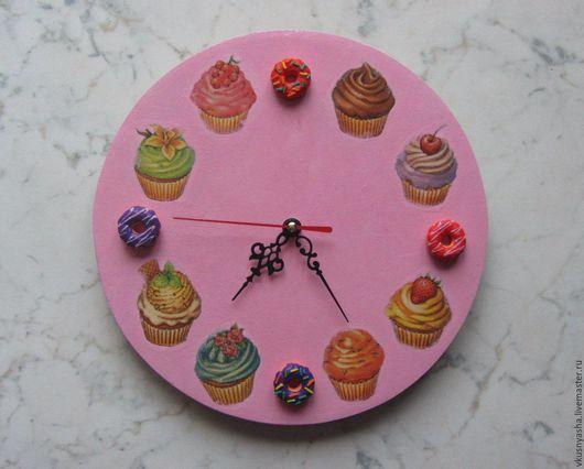 Часы для дома ручной работы. Ярмарка Мастеров - ручная работа. Купить Настенные часы в стиле декупаж декорированные полимерной глиной. Handmade.