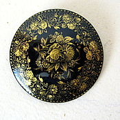 Винтаж handmade. Livemaster - original item vintage brooch, lacquer, painting, gold, ussr. Handmade.