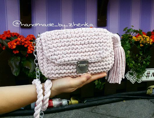 Женские сумки ручной работы. Ярмарка Мастеров - ручная работа. Купить вязаная сумка из трикотажной пряжи. Handmade. Розовый, бахрома