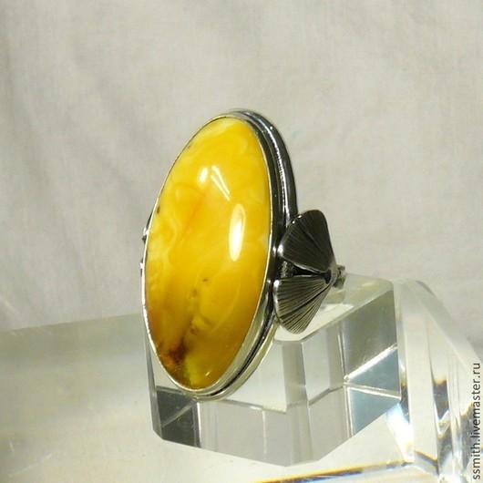 Кольца ручной работы. Ярмарка Мастеров - ручная работа. Купить Кольцо серебряное с янтарем. Handmade. Янтарь, янтарь кольцо