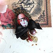 Брошь-булавка ручной работы. Ярмарка Мастеров - ручная работа Брошь-булавка Шляпник Алиса в стране чудес. Handmade.