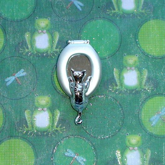 """Винтажные украшения. Ярмарка Мастеров - ручная работа. Купить Брошь """"Любопытный кот"""" под серебро (A.J.C. США). Handmade."""