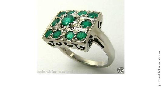 Кольца ручной работы. Ярмарка Мастеров - ручная работа. Купить Винтажное  кольцо из белого золота колумбийский изумруд. Handmade. Кольцо