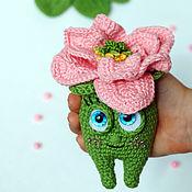 Подарки на 8 марта ручной работы. Ярмарка Мастеров - ручная работа Подарки на 8 марта: Бутон Магнолии. Handmade.