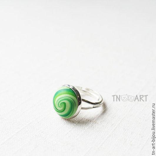 """Кольца ручной работы. Ярмарка Мастеров - ручная работа. Купить Кольцо """"Лето"""". Handmade. Зеленое кольцо, спираль из пластики, завиток"""