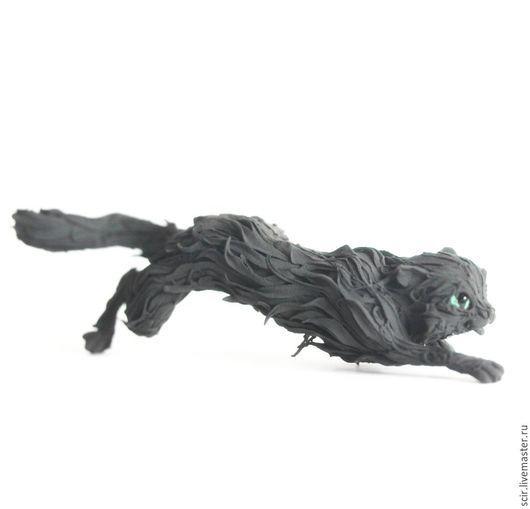 """Игрушки животные, ручной работы. Ярмарка Мастеров - ручная работа. Купить фигурка """"Кот черный крадётся"""" (черная кошка). Handmade."""