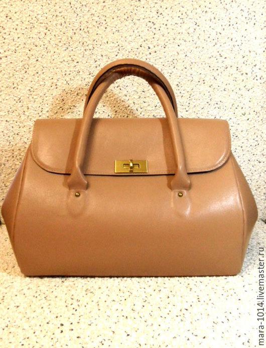 Женские сумки ручной работы. Ярмарка Мастеров - ручная работа. Купить MURAKAMI BAG сумка-саквояж, кожаная, бежевая, на замше. Handmade.