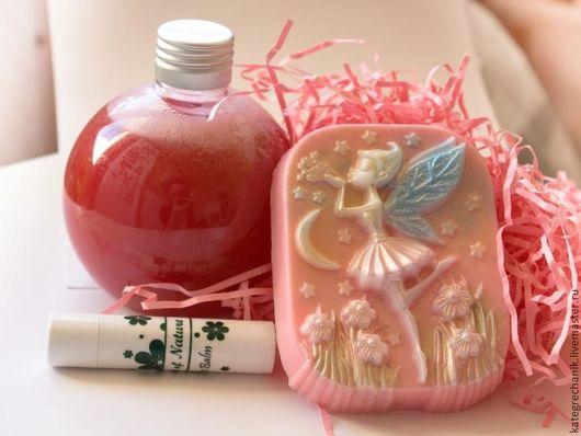 Подарочные наборы косметики ручной работы. Ярмарка Мастеров - ручная работа. Купить Набор косметики для девочки. Handmade. Розовый