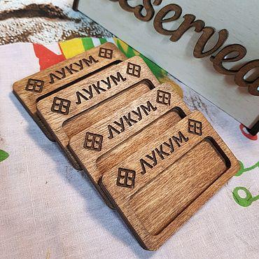 Дизайн и реклама ручной работы. Ярмарка Мастеров - ручная работа Бейджи деревянные на магнитах. Handmade.