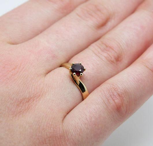 Кольца ручной работы. Ярмарка Мастеров - ручная работа. Купить Кольцо золотое с Рубином Ф 5.1 мм.. Handmade.