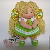Куклы и игрушки ручной работы. Ярмарка Мастеров - ручная работа Сестричка в салатовом наряде 32 см. Handmade.
