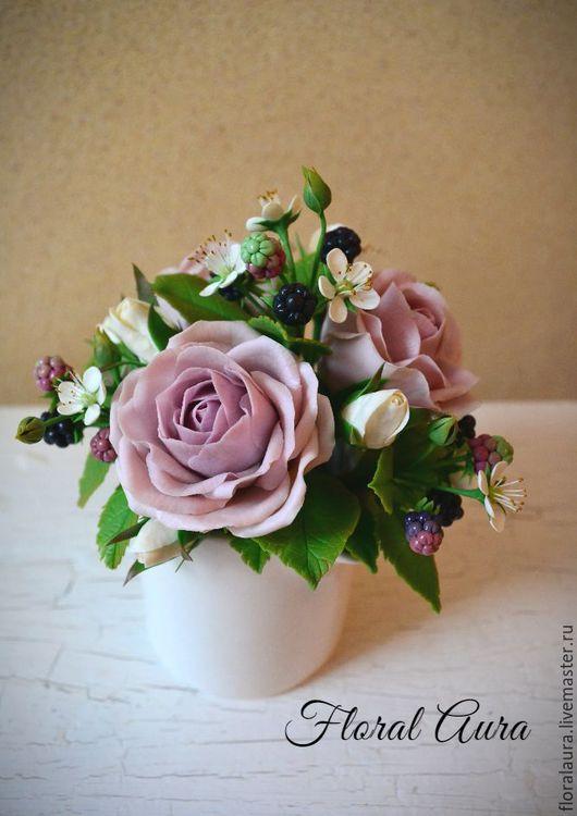 Интерьерные композиции ручной работы. Ярмарка Мастеров - ручная работа. Купить Композиция из холодного фарфора с ежевикой и лиловыми розами. Handmade.