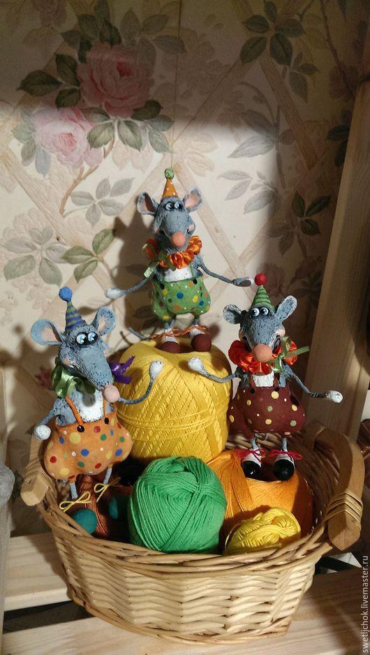 Игрушки животные, ручной работы. Ярмарка Мастеров - ручная работа. Купить Мыши цирковые. Handmade. Серый, добрая игрушка, проволока