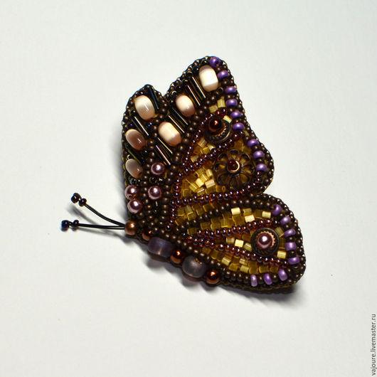 """Броши ручной работы. Ярмарка Мастеров - ручная работа. Купить Брошь """"Бабочка"""". Handmade. Коричневый, Вышивка бисером, для девушки"""