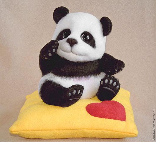 Игрушки животные, ручной работы. Ярмарка Мастеров - ручная работа. Купить Панда Юн (игрушка мишка). Handmade. Чёрно-белый
