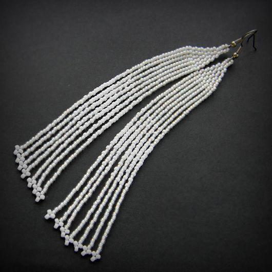 Серьги ручной работы. Ярмарка Мастеров - ручная работа. Купить Очень длинные белые серьги из бисера Необычные нежные серьги. Handmade.