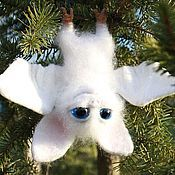 Куклы и игрушки ручной работы. Ярмарка Мастеров - ручная работа Летучая мышка-Малышка, войлочная. Handmade.
