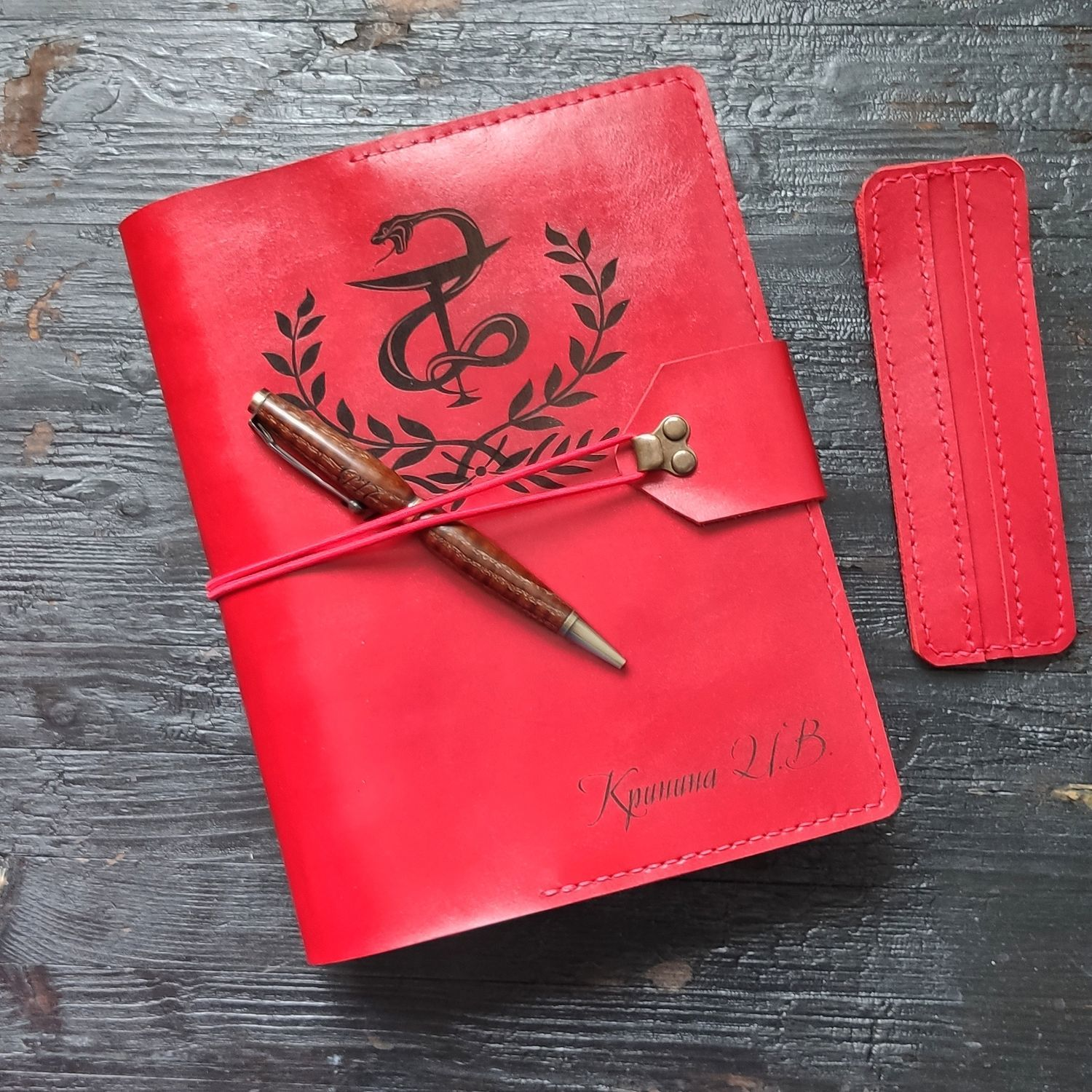 Red A5 leather notebook with rings, hand-stitched, Diaries, Moscow,  Фото №1