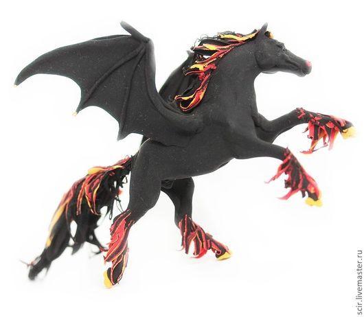 """Готика ручной работы. Ярмарка Мастеров - ручная работа. Купить фигурка """"Конь-демон"""" (крылья летучей мыши). Handmade. Лошадь"""