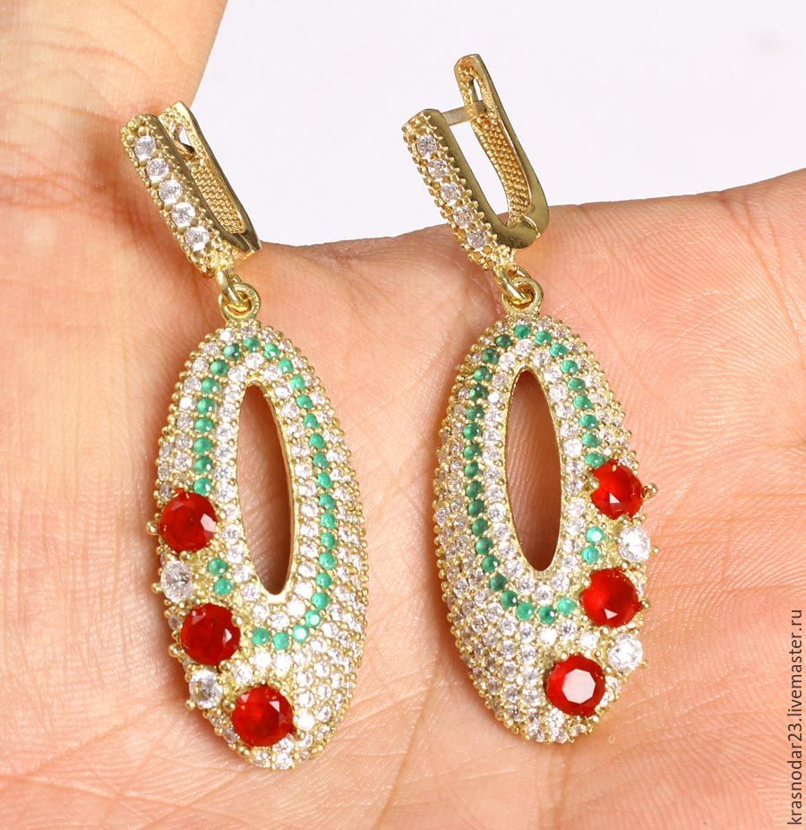 earrings made of 925 sterling silver with an antiqued finish, decorated with a ruby quartz, green tourmaline and zircons