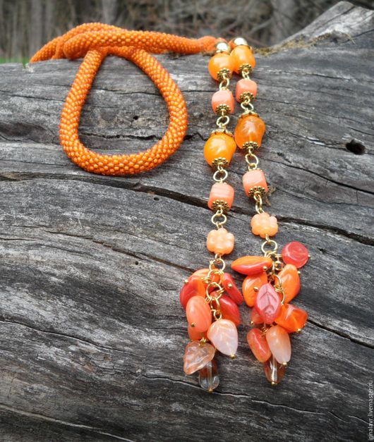 """Лариаты ручной работы. Ярмарка Мастеров - ручная работа. Купить Лариат бисерный с подвесками """"Оранжевое небо"""". Handmade. Оранжевый"""