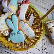 Пасхальная корзинка со сладостями