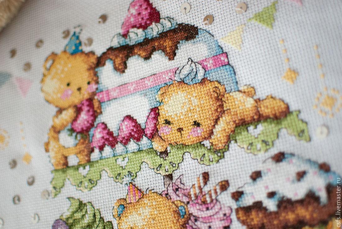 Мишки с пирожными вышивка 158