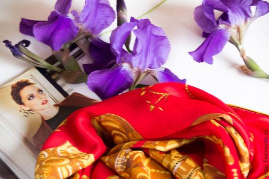 """Шали, палантины ручной работы. Ярмарка Мастеров - ручная работа. Купить Натуральный шелковый платок из ткани HERMES """"Сoquille d'or"""". Handmade."""