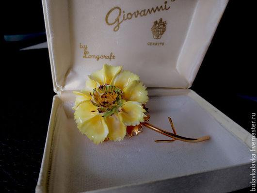 Giovanni Винтажная брошь цветок