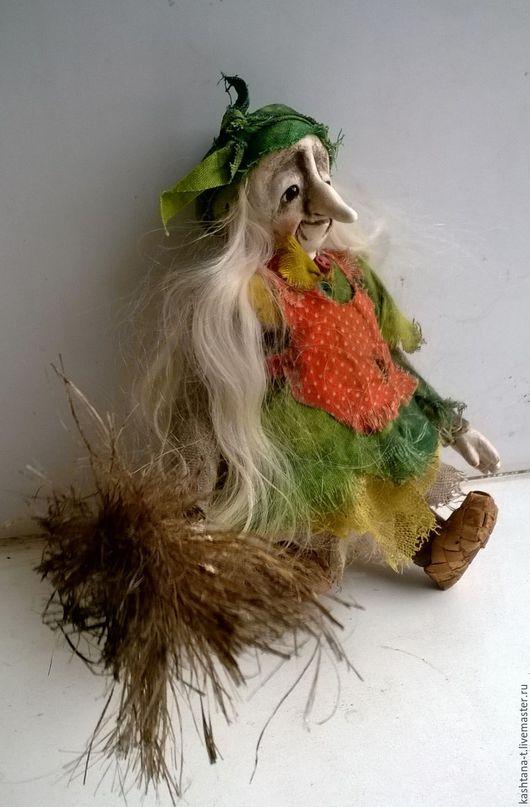 """Сказочные персонажи ручной работы. Ярмарка Мастеров - ручная работа. Купить кукла """"Толстенькая Ягулька"""" (подвесочка). Handmade. Баба-яга"""