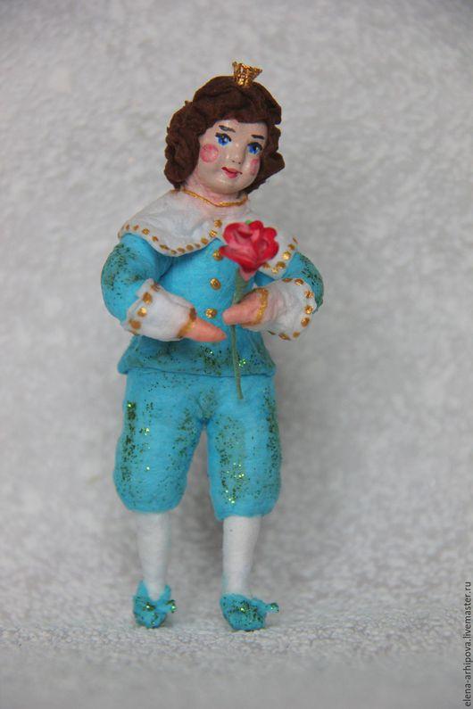 """Человечки ручной работы. Ярмарка Мастеров - ручная работа. Купить Ёлочная игрушка из ваты """"Принц"""". Handmade. Голубой, принц, сказка"""