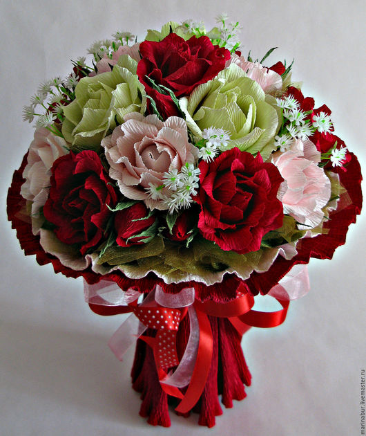 Персональные подарки ручной работы. Ярмарка Мастеров - ручная работа. Купить Алые розы. Handmade. Комбинированный, композиция из конфет